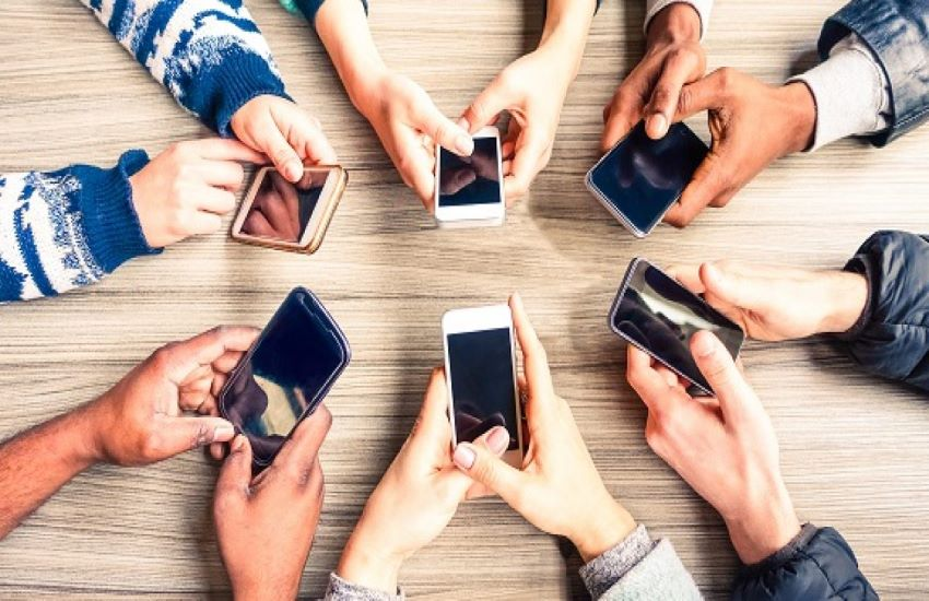 Un brevetto italiano per proteggersi dai rischi dei telefonini