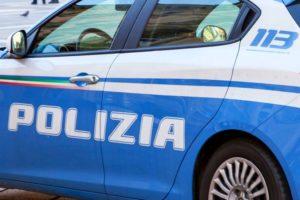 Spaccio di stupefacenti: scambia poliziotto per un cliente