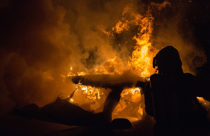 Guardia Sanframondi: auto data alle fiamme nella notte