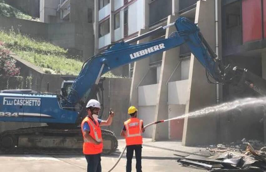 Genova, al via la demolizione delle Dighe di Begato