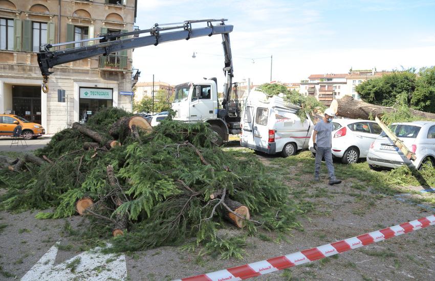Verona: riaperte alcune strade colpite dal nubifragio, chiusa Castello San Felice