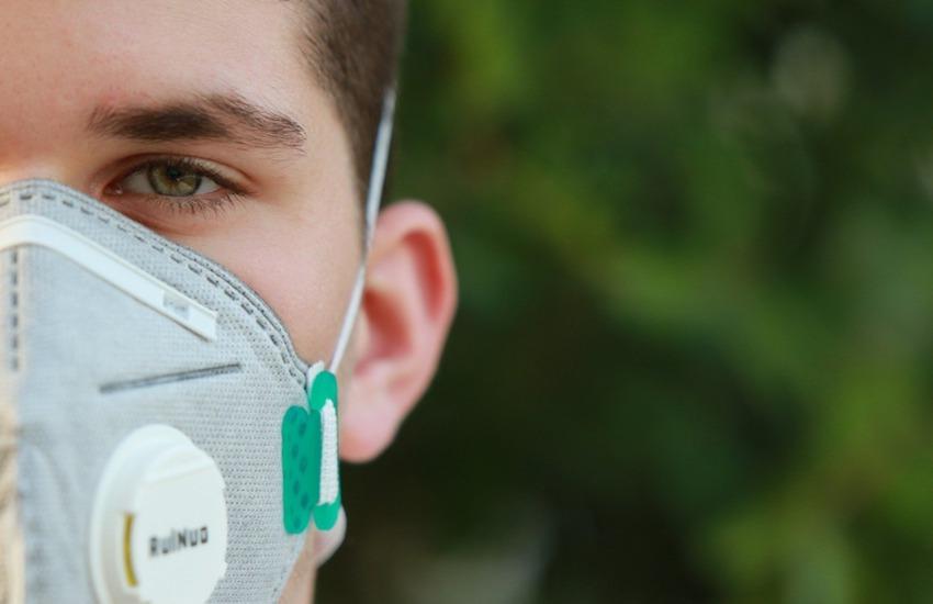 """Verona, sindaco Sboarina: """"Monitoreremo l'uso serale delle mascherine"""""""