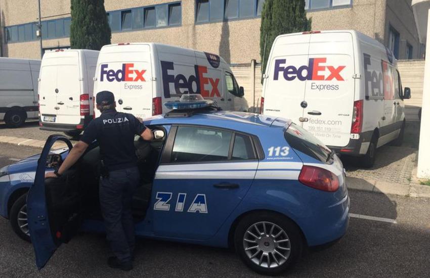 Borgo Roma: rubano un furgone FedEx durante la consegna, arrestati due veronesi