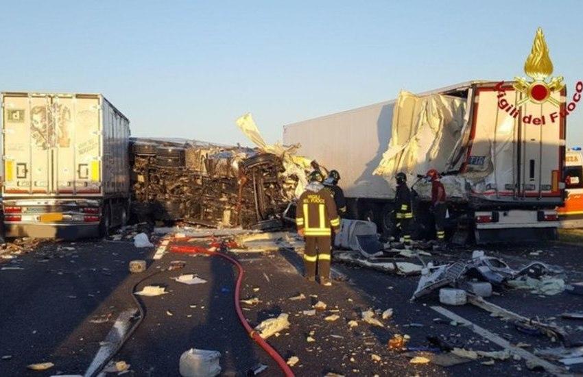 Spaventoso incidente sull'A14 Bologna-Taranto