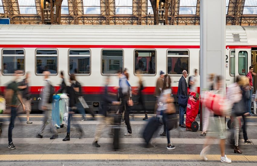 Tratta ferroviaria Parma-Suzzara, entro il 2024 elettricità e nuovi treni