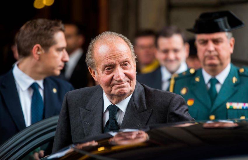 Juan Carlos, l'ex Re spagnolo è in esilio negli Emirati