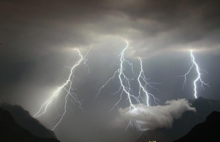 Maltempo E-R: allerta meteo gialla per temporali