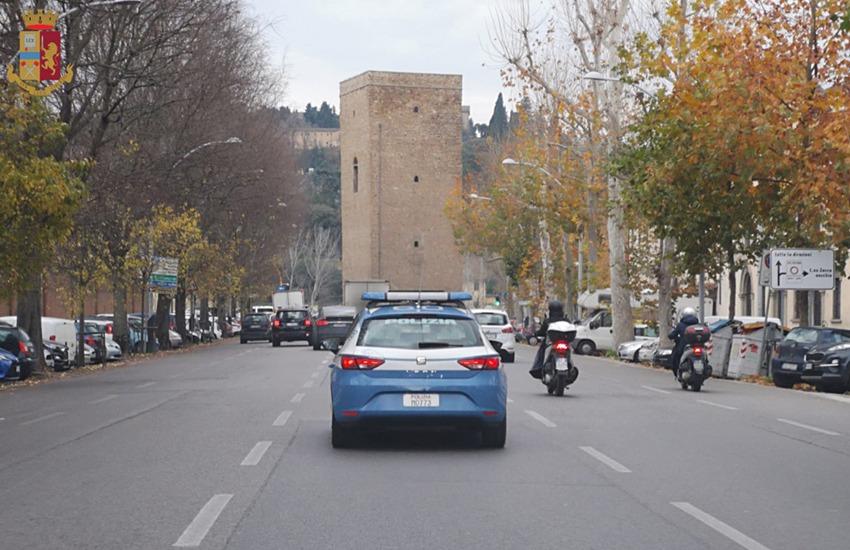 """Catania, operazione """"Ampio raggio"""" della Polizia, più controlli durante le Feste"""