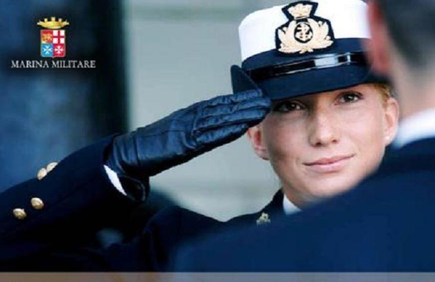 A Civitanova si fa la Storia. Una donna al comando della Guardia costiera. E' la prima volta