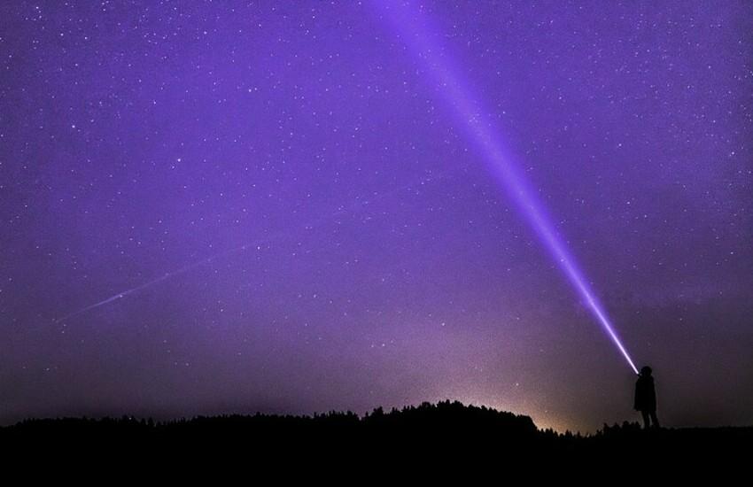 Astronomitaly, guida al cielo di dicembre: stasera, l'incontro online per scoprire le stelle anche dal balcone di casa