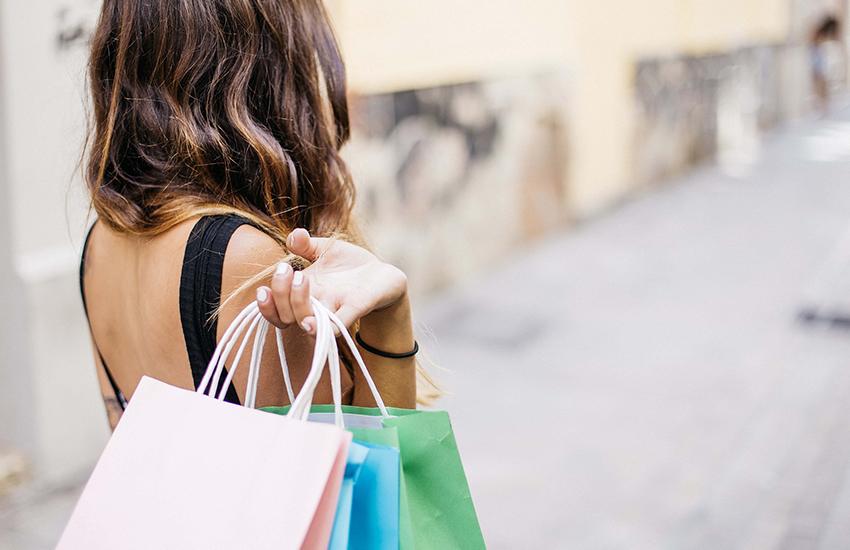 """Confcommercio ai negozianti: """"ecco il segreto per evitare la fuga dei clienti"""""""