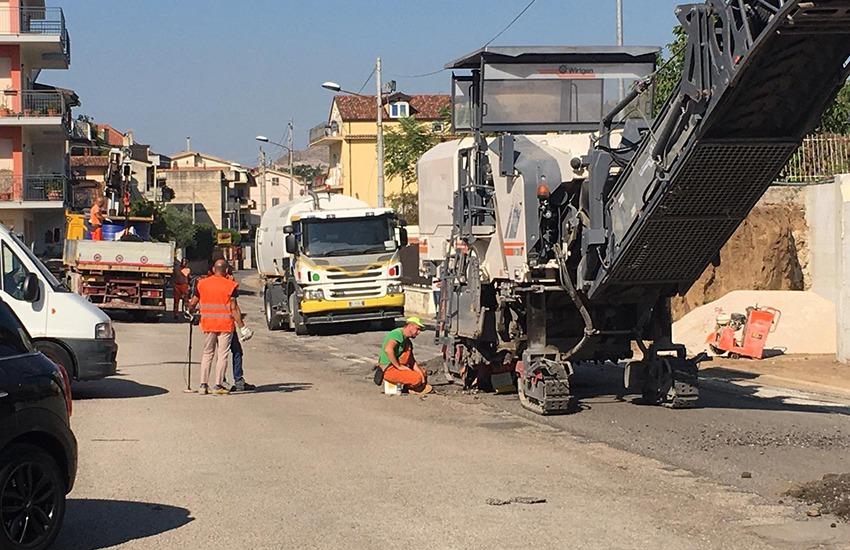asfalto in città