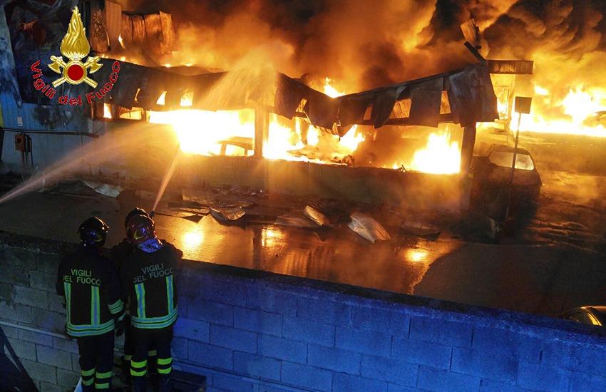 Incendio a Teverola