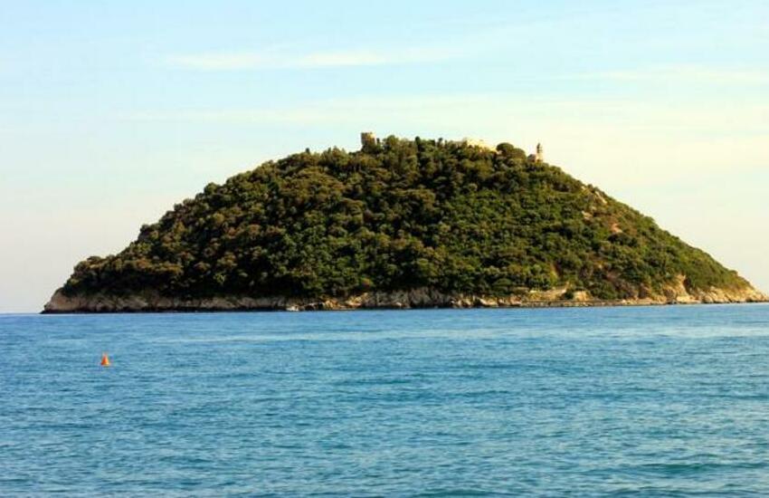 Gallinara, colpo di scena: Governo pronto a far valere il diritto di prelazione su una parte dell'Isola