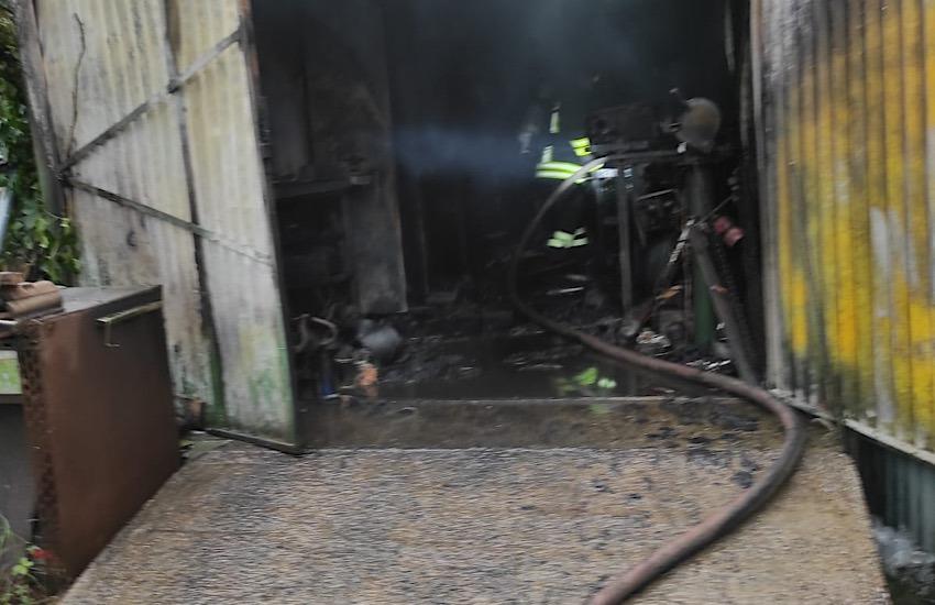 Piombino: incendio in località Asca