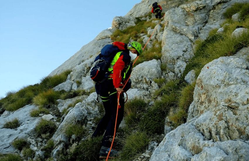 Escursionisti smarriti sul Corno Grande: salvati