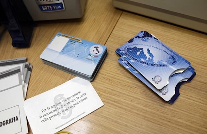 Livorno, Carte d'identità elettroniche: dal 2 settembre aprono nuovi sportelli per il rilascio