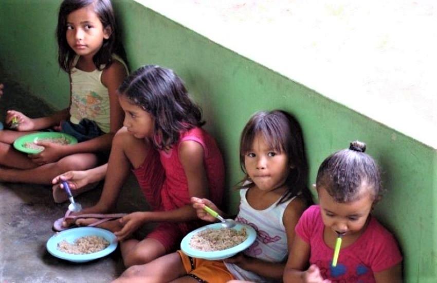 COVID, nel mondo 346 milioni di bambini senza pasto quotidiano e 24 milioni senza scuola