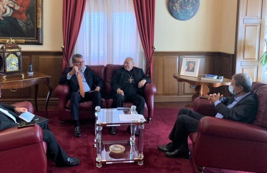 Migranti, incontro fra  Musumeci e il vescovo Marciante