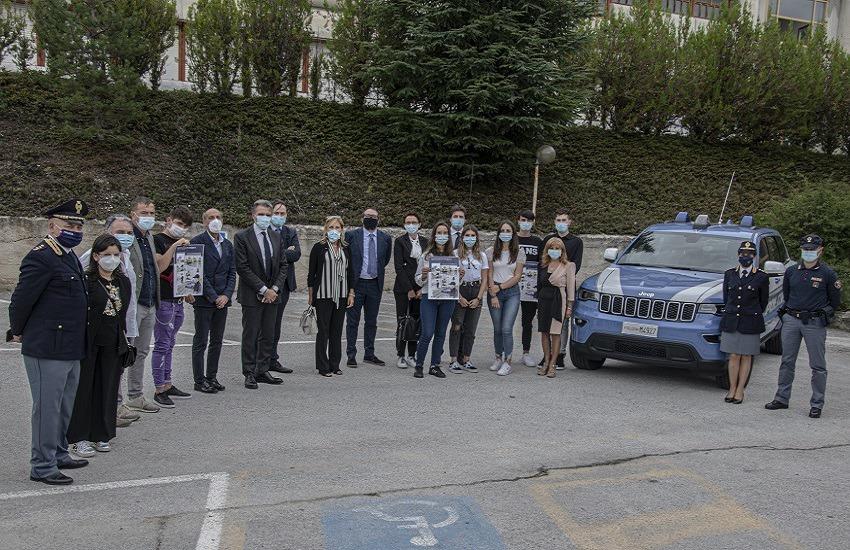 Polizia di Stato: con gli studenti per il primo giorno di scuola