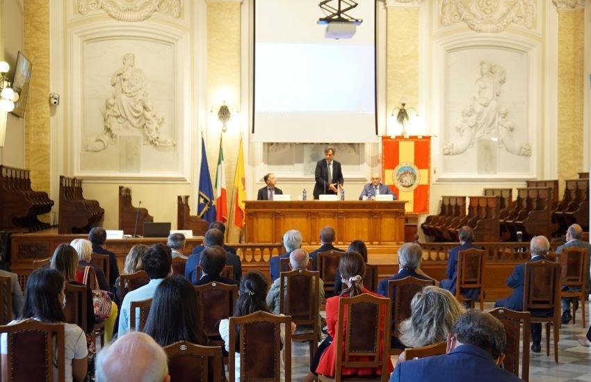 """""""Una opportunità in più per il futuro: l'Ospedale pediatrico a Messina"""""""