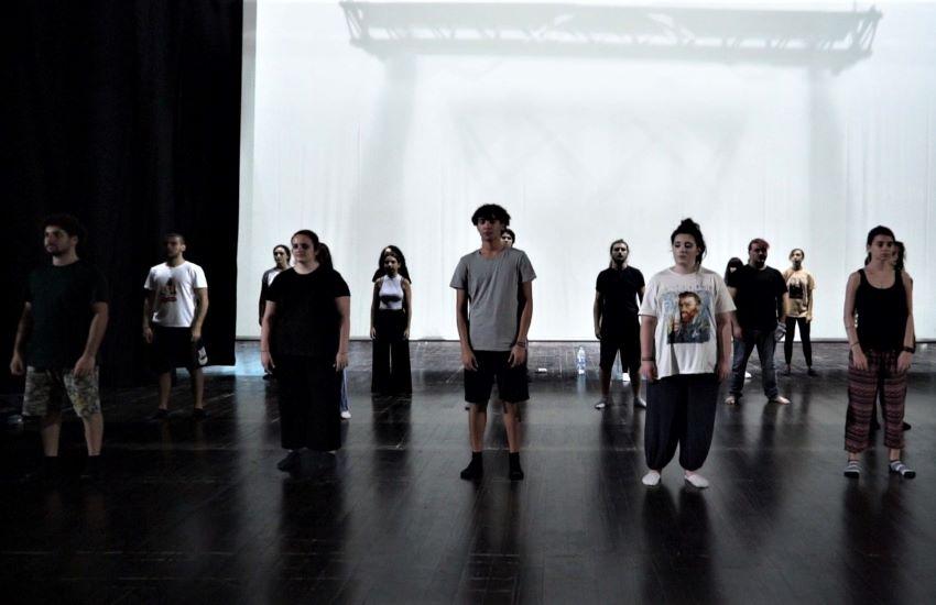 """""""Juliet ≡ Romeo"""", nuovi talenti in scena venerdì al Teatro Mandanici di Barcellona Pozzo di Gotto"""