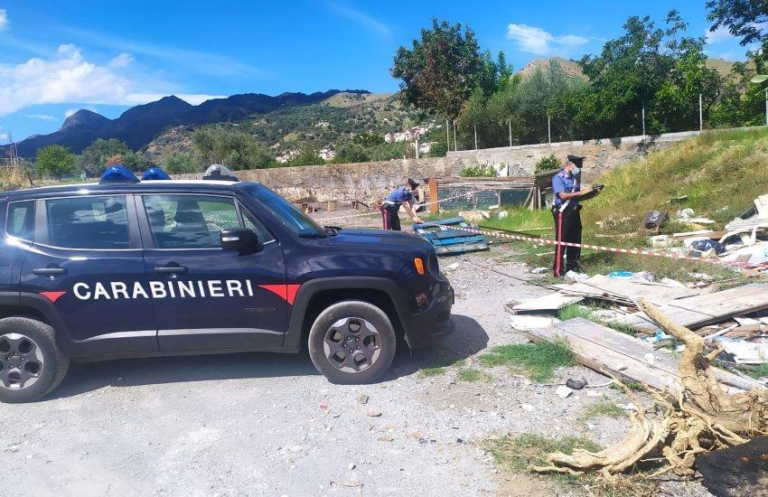 Sequestrata discarica abusiva a Roccalumera: denunciati in 2 per abbandono di rifiuti speciali