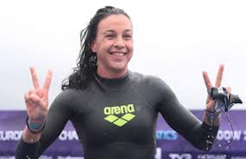 Capri-Napoli, trionfa Arianna Bridi. Prima volta di una nuotatrice