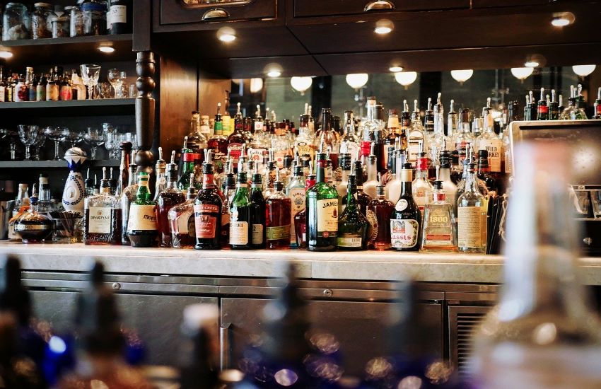 Covid. A Palermo prorogato divieto vendita alcolici dopo le 18