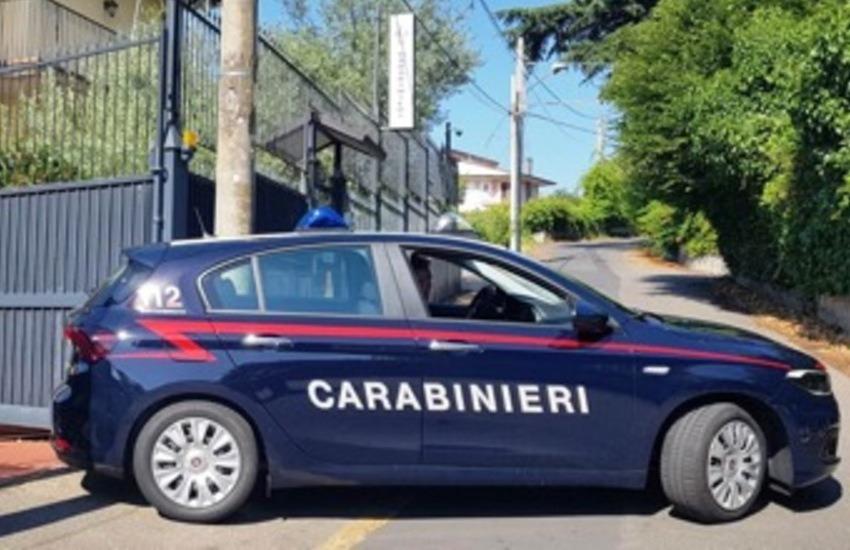 Stava per gettarsi  dal ponte Mulino di Pispola ma i  carabinieri  l'hanno salvata appena in tempo