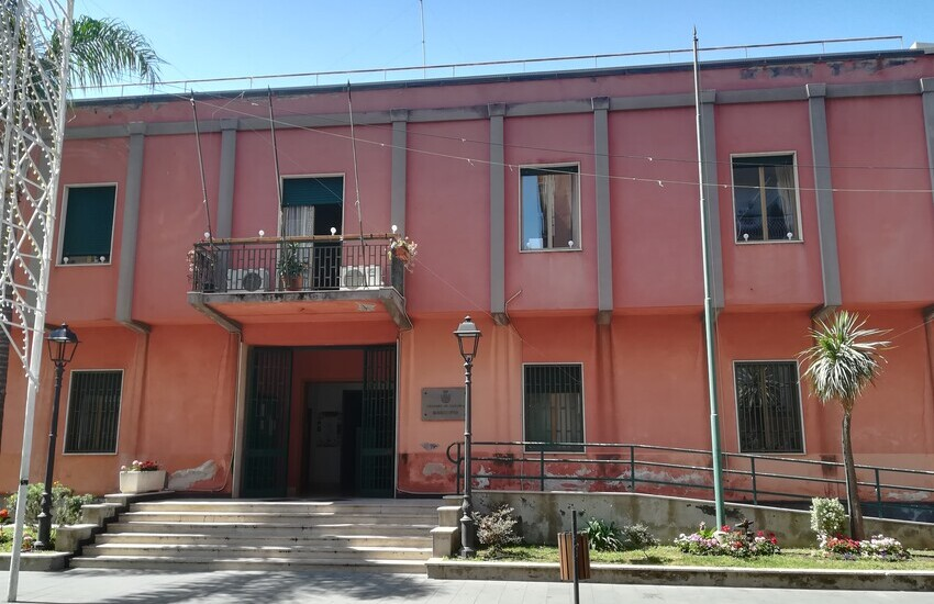 Gravina di Catania, biblioteca comunale, in arrivo nuova fornitura di libri grazie ai fondi di sostegno dell'editoria