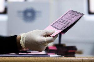 Regionali, votanti in Campania alle ore 19: 26,52%