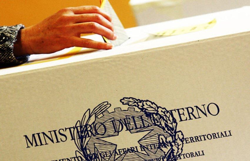 Elezioni 2020 e referendum: come si vota, gli orari dell'affluenza, exit poll e risultati