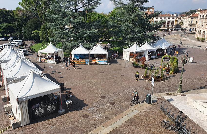 Piazze dei Sapori al via a Verona con obbligo di mascherina