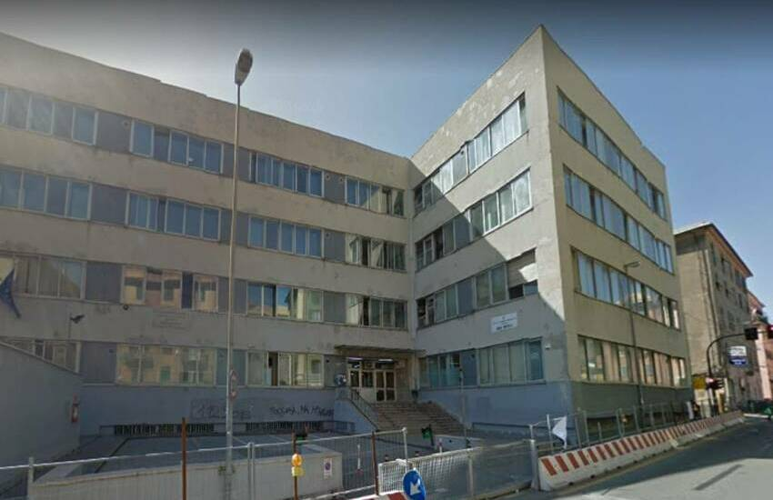 Genova, Liceo Mazzini, 7 studenti positivi Covid: chiude la succursale di Sestri Ponente