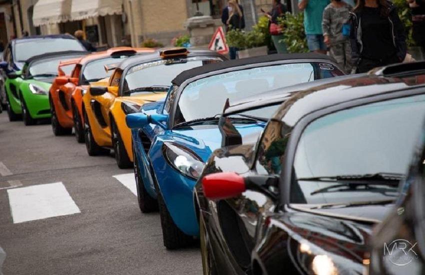 Lotus in tour sulle strade dell'Abruzzo