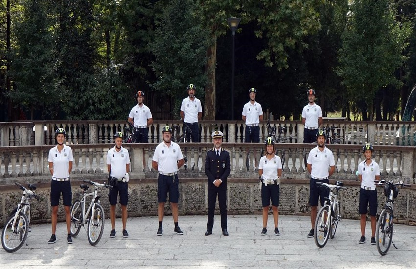 TREVISO, 15 AGENTI IN MOUNTAIN BIKE