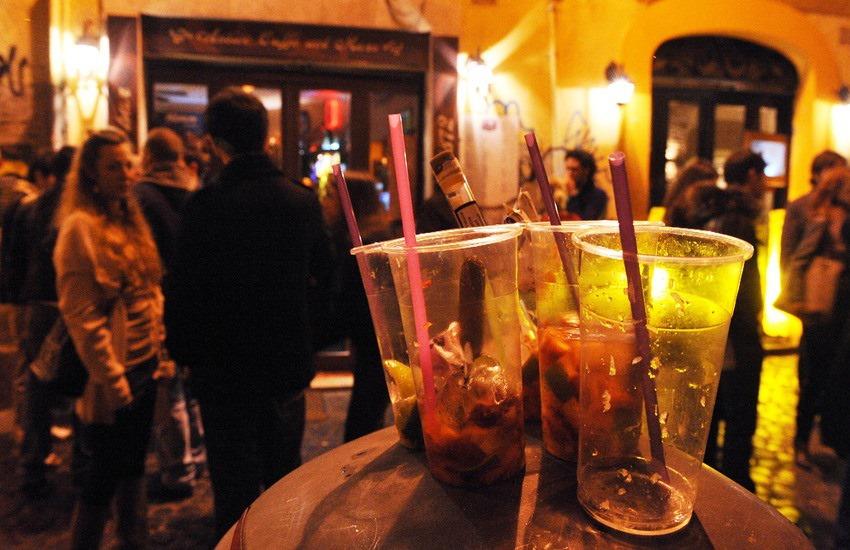 Movida, controlli e pesanti sanzioni in via Candelai e Vittorio Emanuele