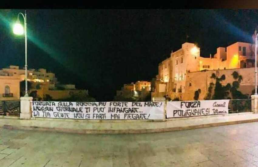 """""""Forgiata sulla roccia, più forte del mare"""": l'orgoglio di Polignano contro la stampa che invade e infanga"""