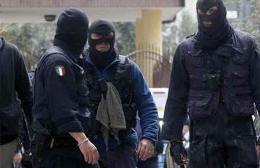 Genova, traffico di droga e armi tra l'Italia e la Francia: decine di arresti
