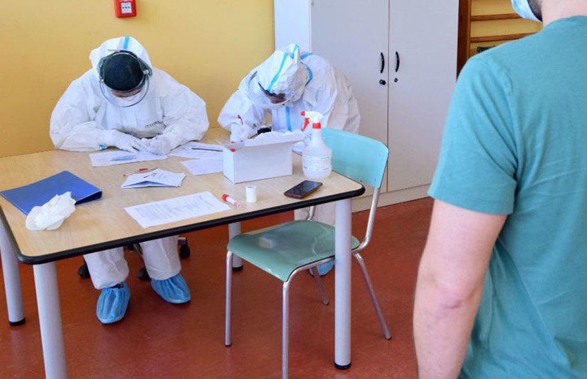 Covid in Puglia, 815 i nuovi casi. Indice di positività al 13%