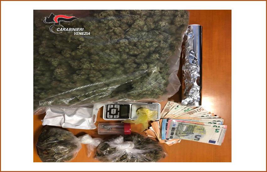 Mestre, spacciatore arrestato, sequestrati un chilo di marijuana, cocaina e sostanza da taglio