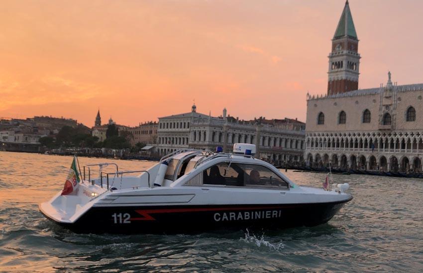 Venezia, Halloween e Ponte di Ognissanti ai tempi del coronavirus: i Carabinieri intensificano i controlli per il  rispetto delle norme