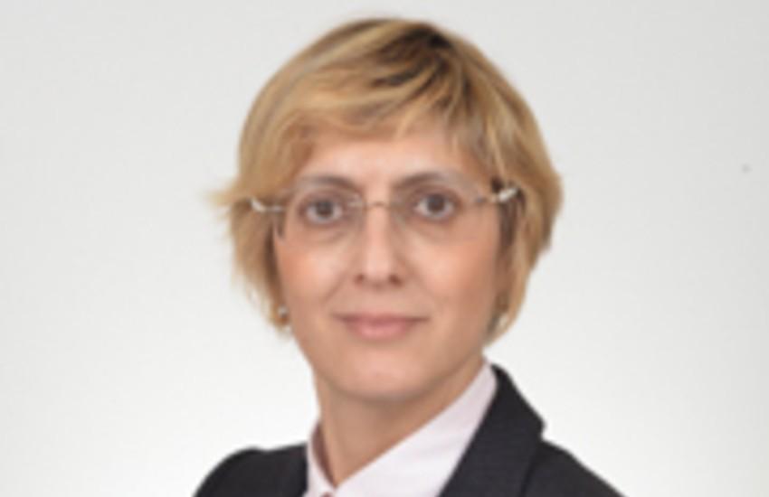 Catania, incidente per Giulia Bongiorno, esce in sedia a rotelle dal Tribunale