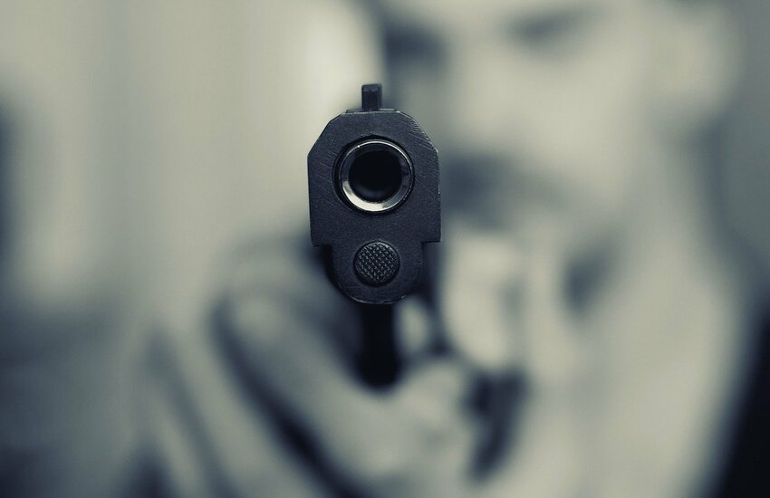 Faida di sangue a Fuorigrotta, freddato per strada 77enne a colpi di pistola