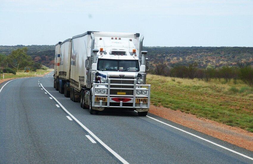 """Al via la campagna Roadpol """"Truck & Bus"""" per la sicurezza stradale"""