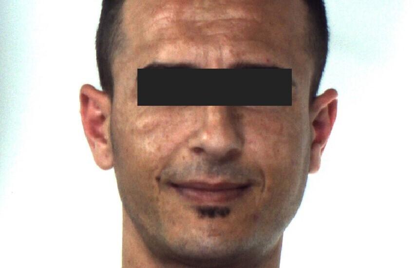 Caltagirone, un detenuto ai domiciliari ruba energia elettrica