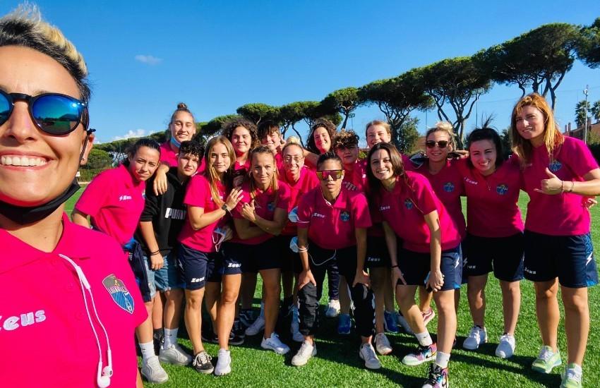 Si alza il sipario sulla Women Latina Calcio 1932: questa sera la presentazione