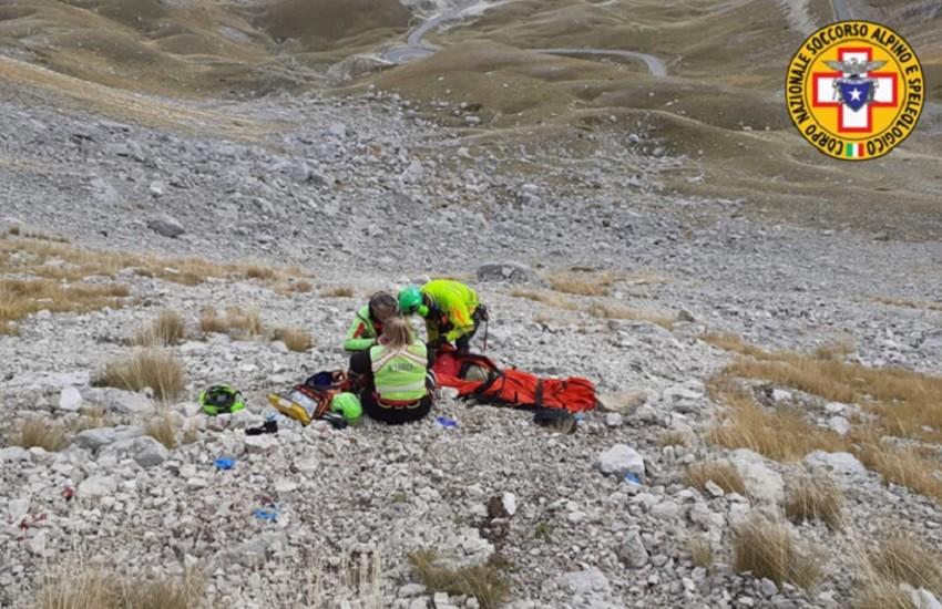 Precipita da 50 metri a Campo Imperatore: escursionista romano in gravi condizioni