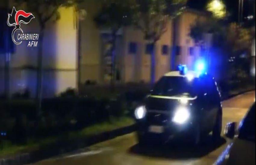 Napoli: Carabinieri arrestano 9 persone. trafficavano droga con detenuti del carcere di Poggioreale. VIDEO
